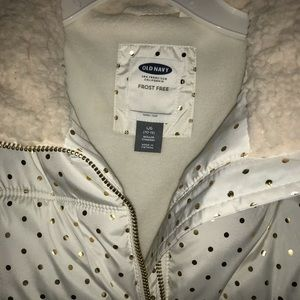 Girls Old Navy Frost Free Puffer Vest